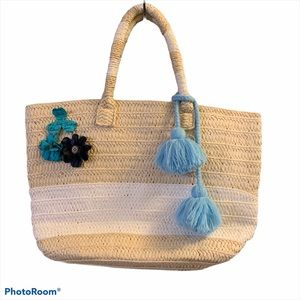 ALTRU STRAW TOTE BAG WITH TASSEL